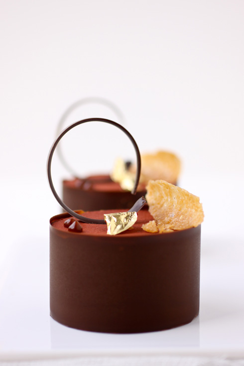 A Flourless Chocolate Cake And Endless Possibilities Cannelle Et Vanille