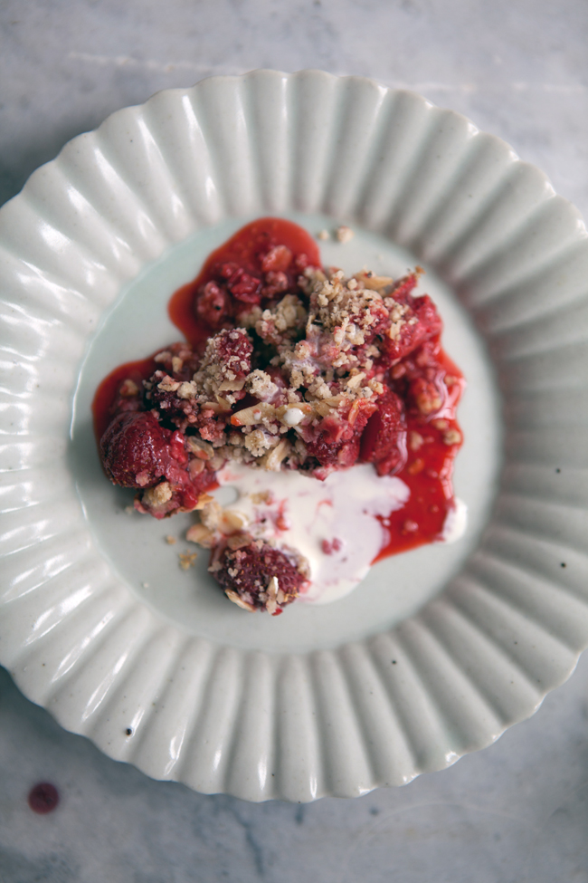 Strawberry and hazelnut crumble with